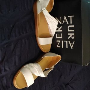 Naturalizer Sandal size 10 never worn